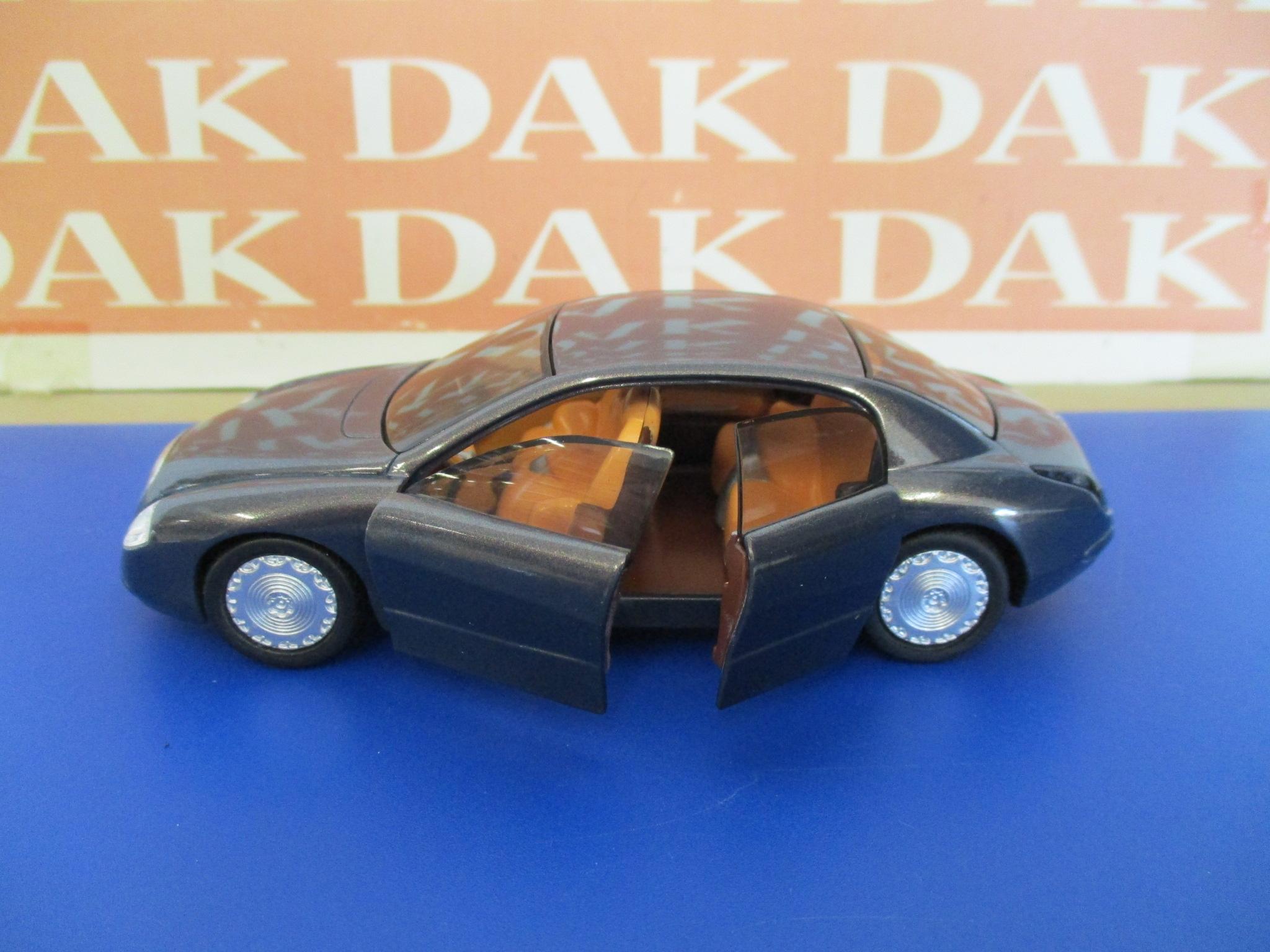 Die cast 1//43 Modellino Auto Lancia Dialogos 1998 by Solido