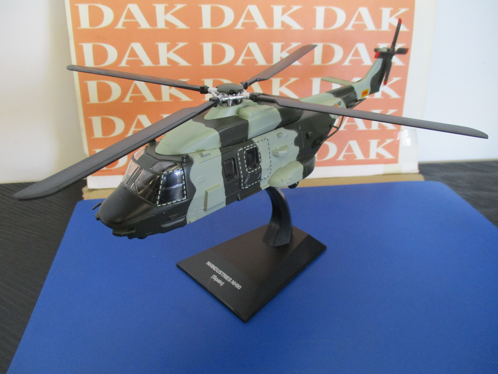 Die cast 1//72 Modellino Elicottero Helicopter NH Industries NH90 Spain