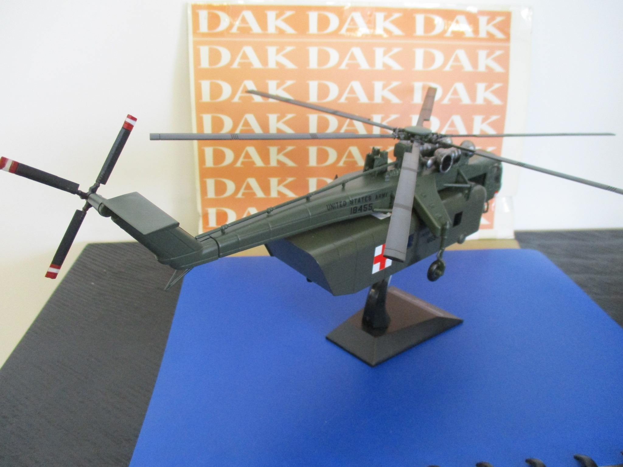Die cast 1//72 Modellino Elicottero Helicopter Sikorsky CH-54A Skycrane Ambulance